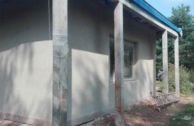 Tynk gliniany – Dom w systemie strawbale